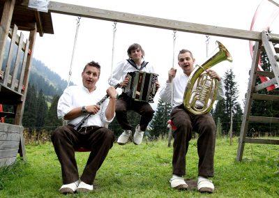 chillen-mit-musik-die-bodenalpe-gasthaus-in-warth-lech-am-arlberg