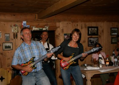 live-musik-in-der-bodenalpe-gasthaus-in-warth-lech-am-arlberg